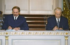 Signing_Treaty_on_Establishing_Russian-Belarusian_Union