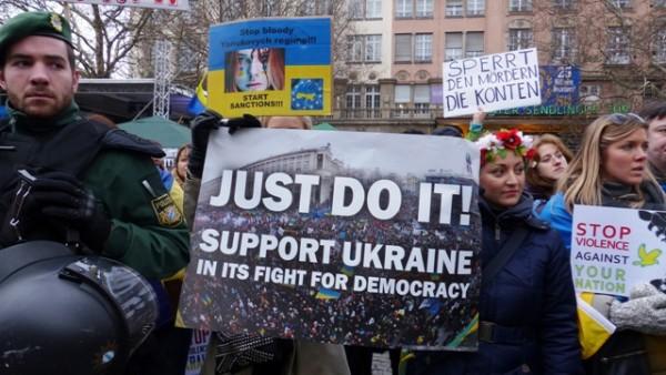 Andrzej Zapałowski: Ukraina wciąga Zachód w wojnę z Rosją