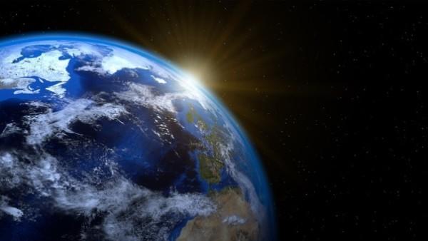 Piotr Gil: Wielka synteza. Między geopolityką, socjologią a nauką o cywilizacjach