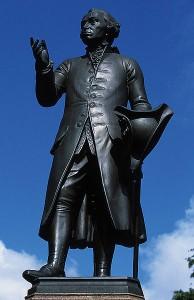388px-Immanuel_Kant_monument_in_Königsberg