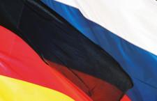 deutsche-und-russische-fahnen