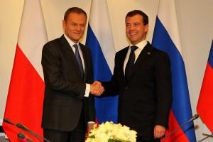Dmitry_Medvedev_in_Poland_6_December_2010-16[1]