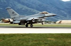 F-16_deliberate_force[1]
