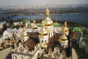Kijow_lawra_pieczerska[1]