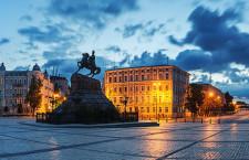 Pomnik_Chmielnickiego_Kijow